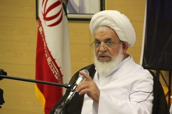 انقلاب متکی بر ارزش های اسلامی با تهدید و ارعاب دچار خدشه نمی شود