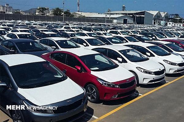 انباشت حدود سه هزار و 500 دستگاه خودرو در گمرک شهید باهنر