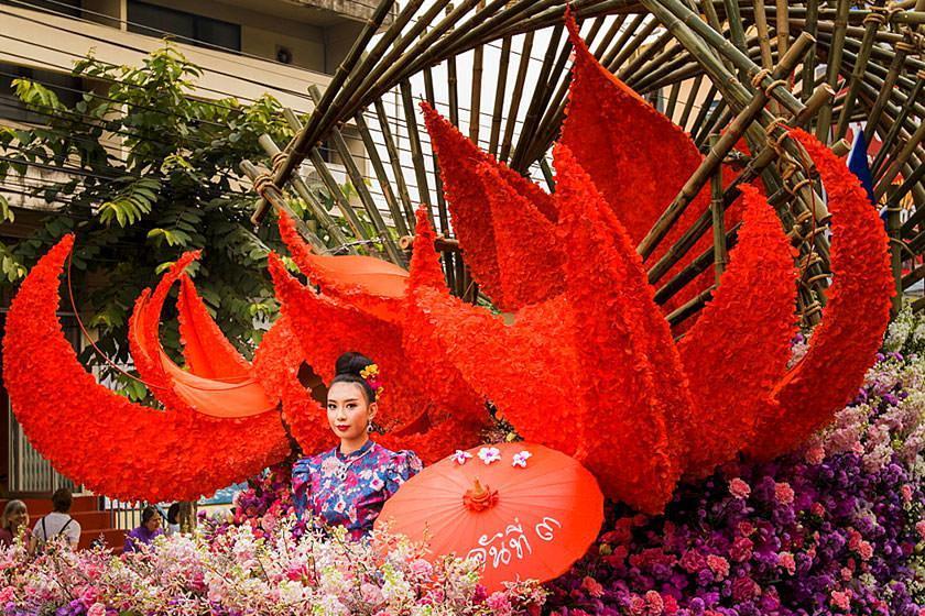 از جشنواره های دیدنی تایلند بیشتر بدانید