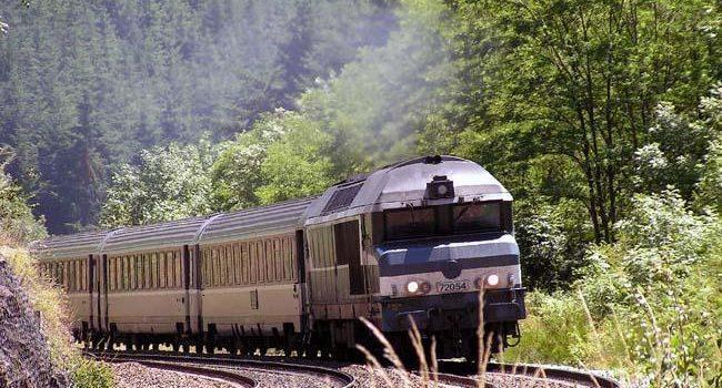 کانادایی ها قطار را برای مسافرت ترجیح می دهند!