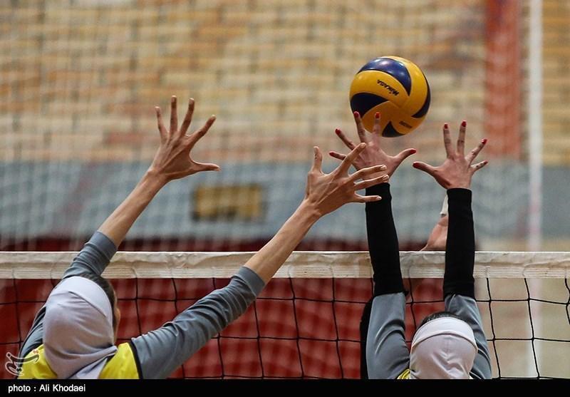 لیگ برتر والیبال بانوان، سومین پیروزی ذوب آهن و رجحان شاگردان سرمربی تیم ملی
