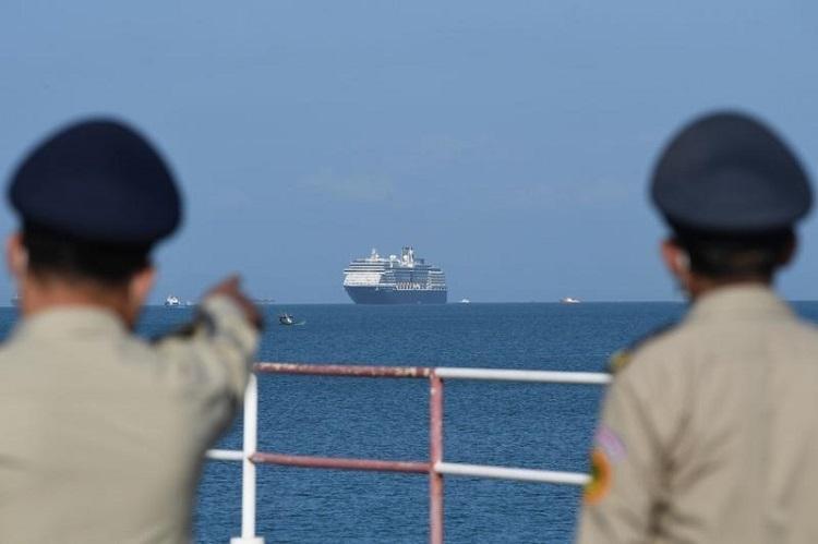 گمشدگان کرونا؛ کشتی های کروزی که راه خانه را گم نموده اند!