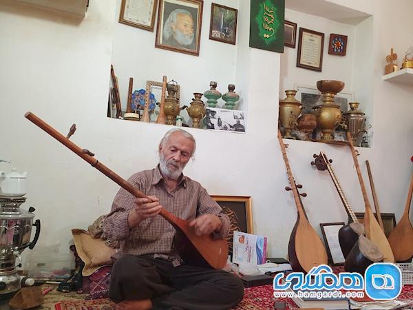 هنرمند موسیقی همشهری هایش را به احیای خانه های قدیمی تشویق کرد