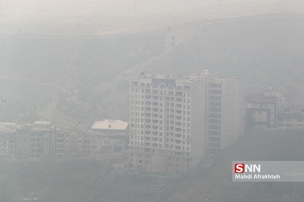 هوای تهران در مرز آلودگی، پایتخت گرم تر شد