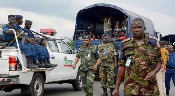 خبرنگاران حمله به دو پایگاه نظامی در جمهوری دمکراتیک کنگو، 11 کشته برجای گذاشت