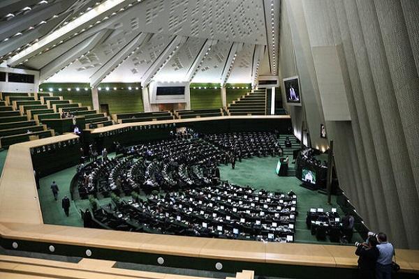 طرح الزام به ثبت رسمی معاملات اموال غیرمنقول اصلاح شد