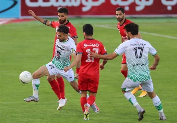 رجب زاده: شرایط ذوب آهن خوب نیست، بازیکنان تکانی به خودشان بدهند، تیم ملی با تعصب ایرانی می تواند صعود کند